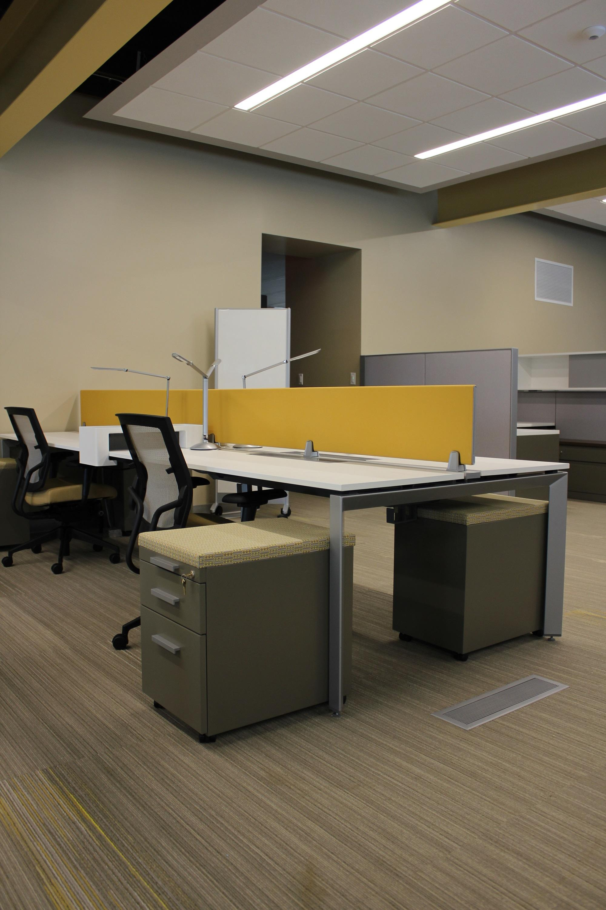 Steelcase Answer Benching